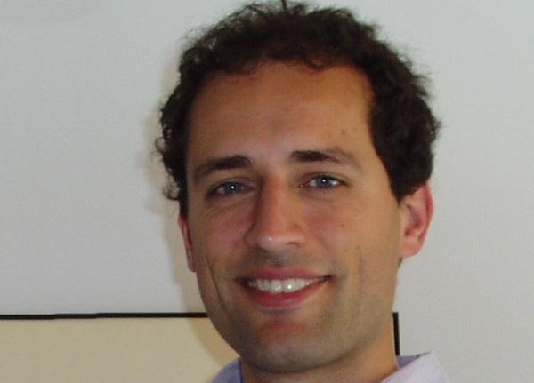 Eduardo Carrasco Alonso_Vicomtech_IK4_Responsable de la línea tecnológica de e-Health dentro del Departamento de eSalud y Aplicaciones Biomédicas de Vicomtech-IK4.